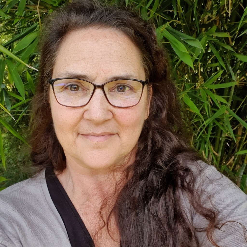 Trudiann Dale, Bushfire Recovery Project Manager - Wlidlife Protection Projects - FNPW